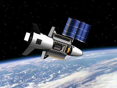 be5a597dad54 Elemzők szerint a fedélzetén végzett technológiai kísérletek során új  generációs, optikai és rádiós kémkedésre alkalmas berendezéseket  próbálhattak ki, ...
